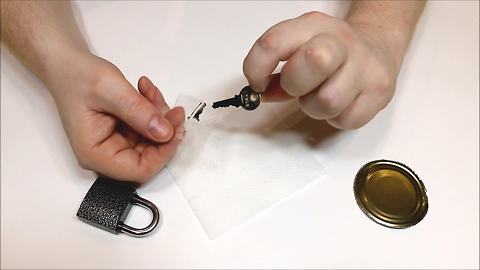 How to make your own emergency spare key