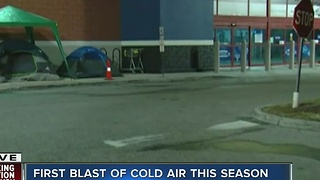 Camped out, sweater vests, it's cold in Tampa - Video