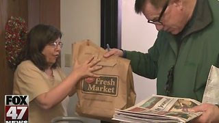 Christmas meals delivered to those in need - Video