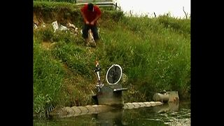 Home-Made Submarine - Video
