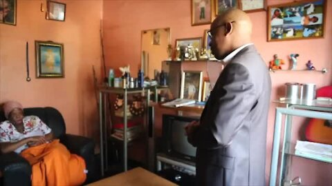 SOUTH AFRICA - Durban - MEC visits the family of murdered learner (Video) (BHy)