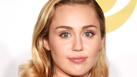 MIley Cyrus Reveals How She Was Robbed After Malibu Fires