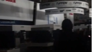 CES Plunged Into Darkness After Partial Power Outage - Video