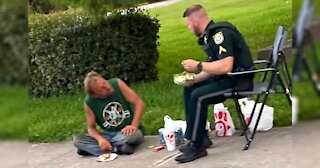Officer And Homeless Man Shares Heartwarming Moment