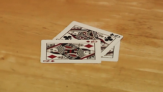 Self-Working Card Trick Fools 3 People at Once - Video