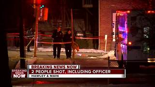 Milwaukee police officer injured in shooting, suspect in custody - Video