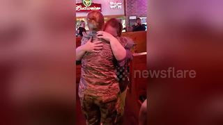 Woman surprises mother after 10-month deployment - Video