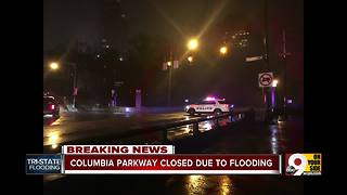 Flooding closes stretch of Colombia Parkway - Video