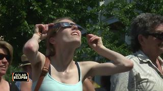 Hundreds gather at Green Bay's City Deck to witness solar eclipse - Video