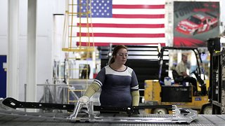 US GDP Growth Slowed Late Last Year, But It's Not All Bad - Video