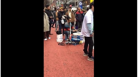 Talented Street Performer Uses Trash To Create Music