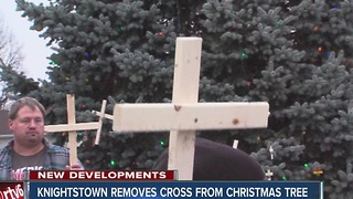 Cross removed from Knightstown Christmas tree after complaint - Video