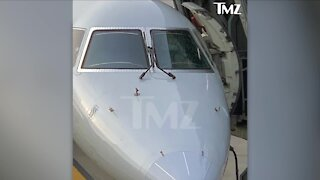 Plane headed to Cleveland from Chicago forced to turn around after windshield shatters mid-flight