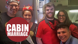 Newlyweds touched when air attendants hold special ceremony mid-flight to celebrate their marriage - Video