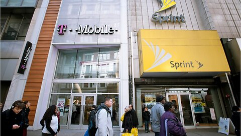 U.S. justice department staff recommends blocking T-Mobile-Sprint deal