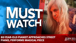 80-year-old pianist approaches street piano, performs magical piece - Video