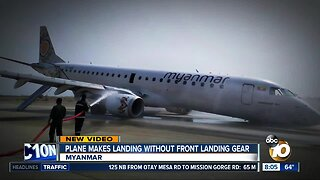 Plane lands without front landing gear