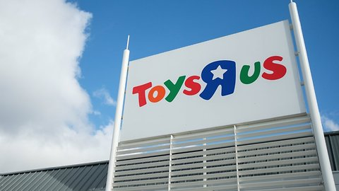 Former Toys R Us Owners Set Up $20M Severance Fund For Employees