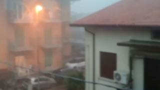 Strong Storm Winds Hit Seaside Resort Town North of Venice - Video
