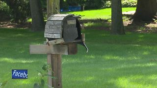Police investigating vandalism spree in several towns after mailboxes smashed - Video