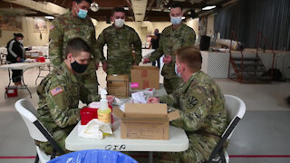 AZ National Guard Soldiers administer COVID-19 vaccines in La Paz County