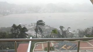 Wind Lashes Dominican Republic as Hurricane Maria Passes Through - Video