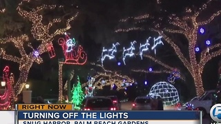 Snug Harbor Christmas lights - Video