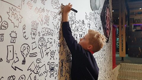 WONDER-BOY DOODLES HIS WAY TO THE TOP – LITTLE BOY TOLD NOT TO DOODLE IN SCHOOL CLASSES NOW DOODLES PROFESSIONALLY