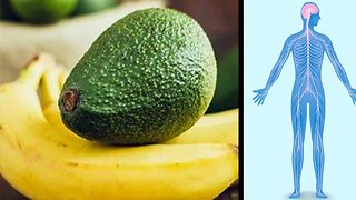 Why You Should Eat A Banana And An Avocado Every Day