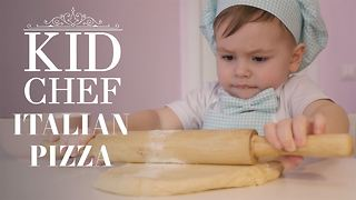 Kid Chef: How (not) to make Italian pizza - Video