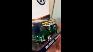 GREENLiGHT vdub series Volkswagon type 3 squareback GREEN MACHINE!!