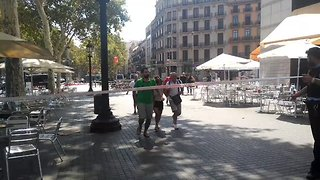 Police Clear Square in Barcelona During Security Alert - Video