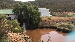 Farmers Donate Billions of Litres of Water to Drought-Stricken Cape Town - Video