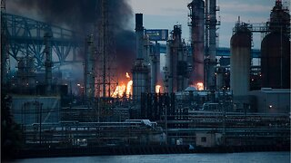 Reports of explosions as 'massive' fire burns at Philadelphia refinery