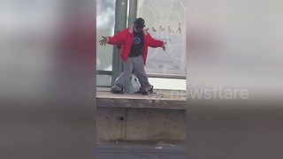 60-year-old man pulls off Michael Jackson dance moves - Video