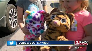 Build a bear mayhem at Oak View Mall - Video