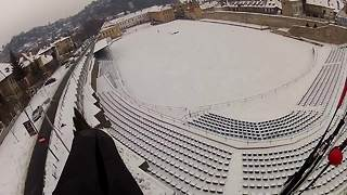 Nerve-recking BASE jump off an icy antenna! - Video