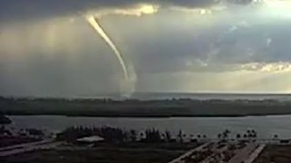 Waterspout Forms Near Cancun - Video