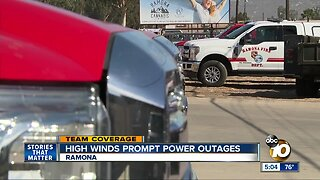 High winds prompt power outages in Ramona