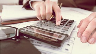 When Should You Hire A Pro To Do Your Taxes?