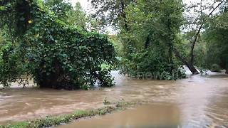 Dramatic footage shows heavy flooding in North Carolina after Michael - Video