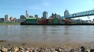 BB Riverboat barge is now in Newport - Video