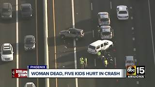 Woman dead, kids hospitalized after I-17 crash - Video