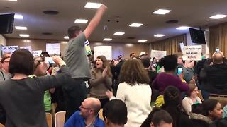Protesters forcibly removed from Milwaukee Public Schools meeting - Video