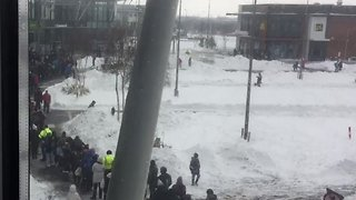 People Form Long Lines Outside Irish Stores as They Reopen Following Storm - Video