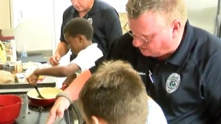 Cooking with a cop in Stuart - Video