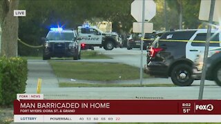 Man still barricaded in home in Fort Myers