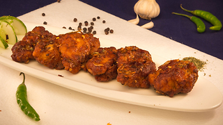 Hot & Saucy Chicken - Popular KFC Recipe - Video