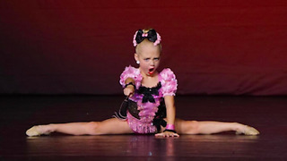 Sassy 5-year-old dancer proves she deserves 1st place - Video