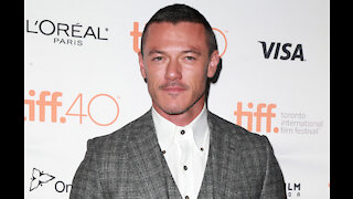Luke Evans wants sexuality to stop being a 'novelty thing'